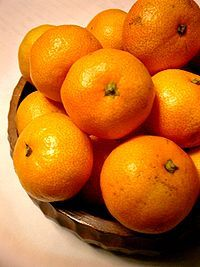 200px-Citrus_unshiu-unshu_mikan-2.jpg
